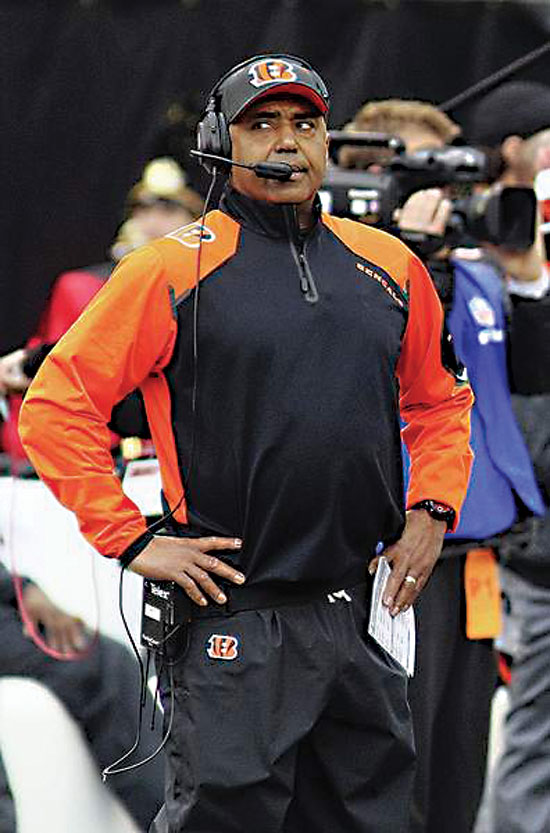 Bengals coach Marvin Lewis looks on during a playoff game against the Chargers in this file photo. (AP photo/The Sidney Daily)