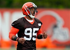 Browns' top pick Myles Garrett healthy, ready for camp