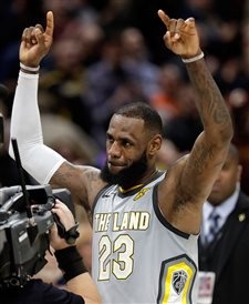 After whirlwind day, LeBron excited by Cavs' new 'pieces'