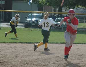 Lady Cougars get pair of big innings to down Lady Green ...